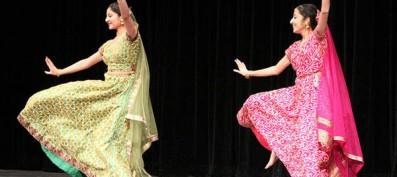 Niles West Hosts Annual Indo Pak Night