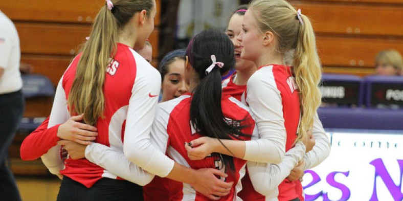 Girls' Volleyball Defeats the Vikings; Claim Second Straight Regional Championship