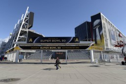 Super Bowl 50 Preview: Old School vs New School